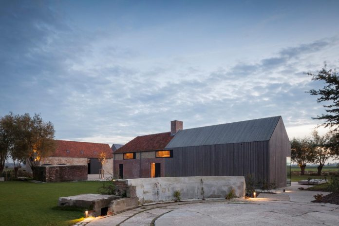 farmhouse-transformation-elegant-residence-north-belgium-29