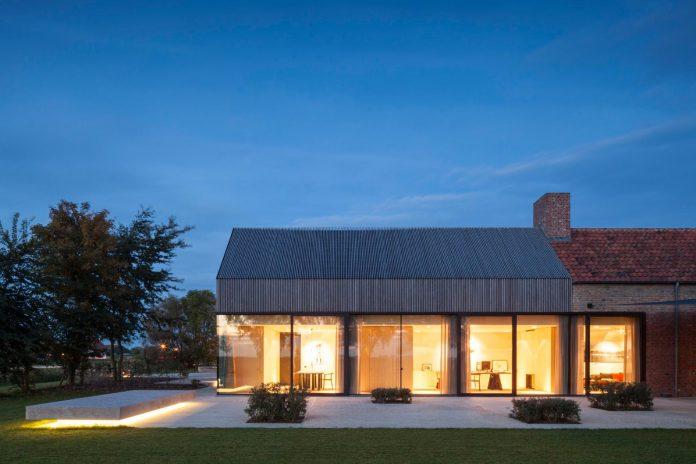 farmhouse-transformation-elegant-residence-north-belgium-31