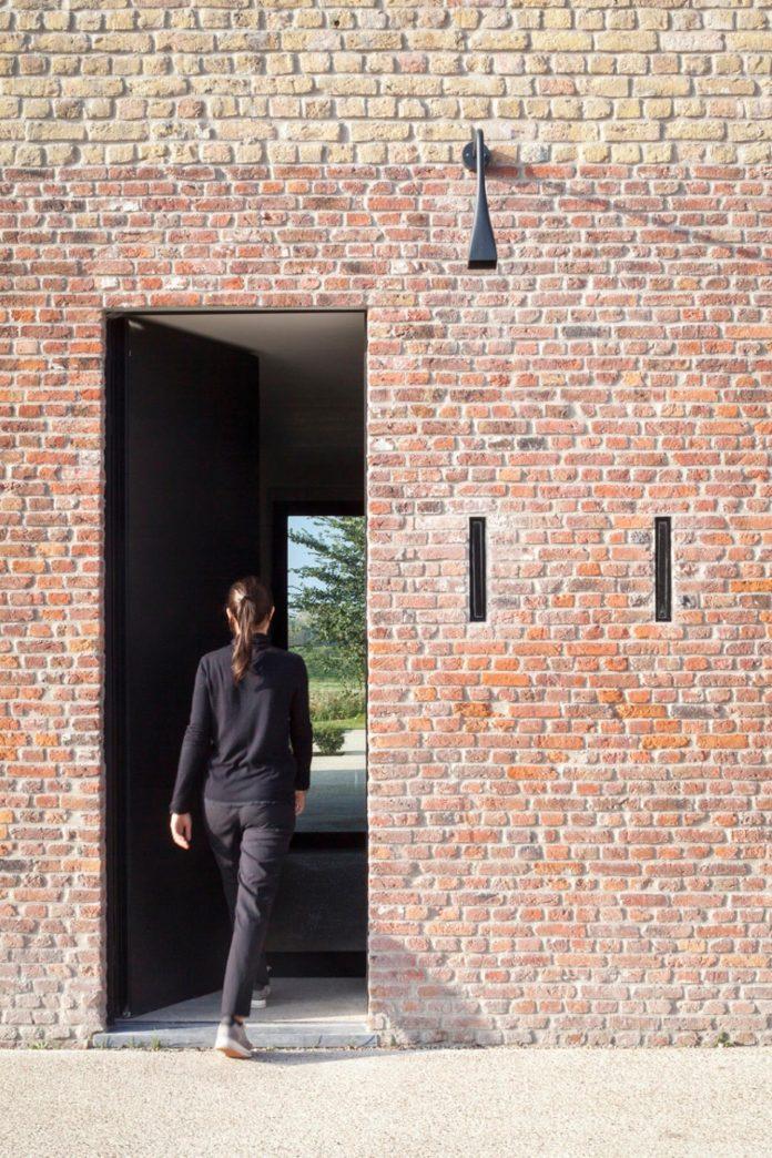 farmhouse-transformation-elegant-residence-north-belgium-36