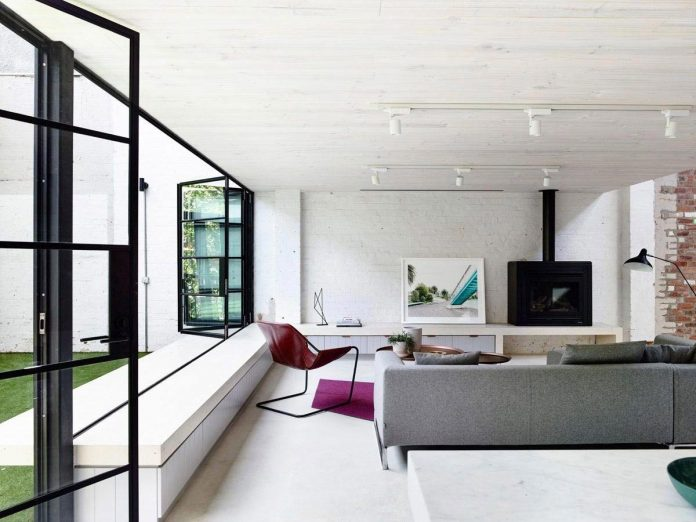 former-gritty-brick-warehouse-old-industrial-fitzroy-gets-modern-renovation-02