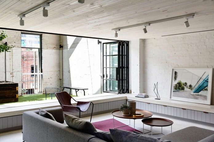 former-gritty-brick-warehouse-old-industrial-fitzroy-gets-modern-renovation-03