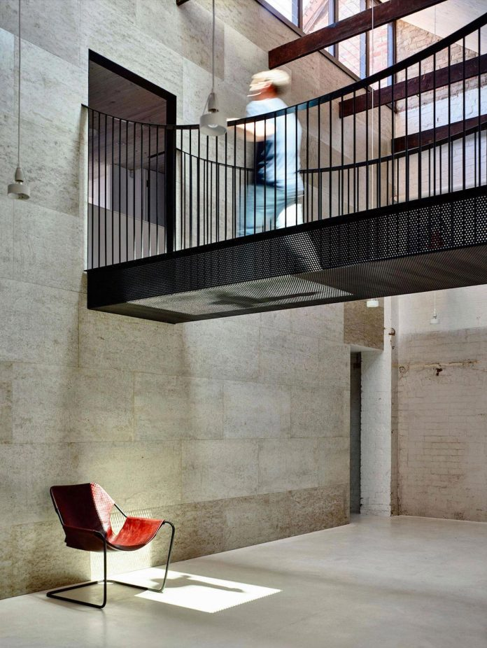 former-gritty-brick-warehouse-old-industrial-fitzroy-gets-modern-renovation-07