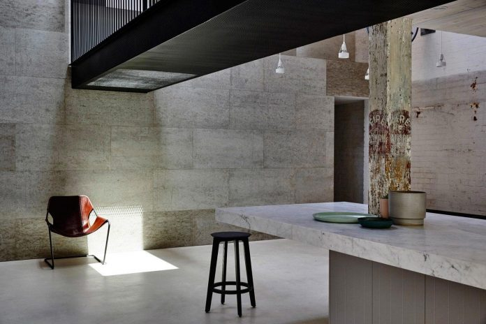 former-gritty-brick-warehouse-old-industrial-fitzroy-gets-modern-renovation-08