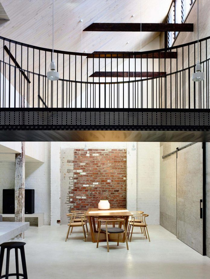 former-gritty-brick-warehouse-old-industrial-fitzroy-gets-modern-renovation-09