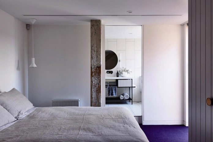 former-gritty-brick-warehouse-old-industrial-fitzroy-gets-modern-renovation-11