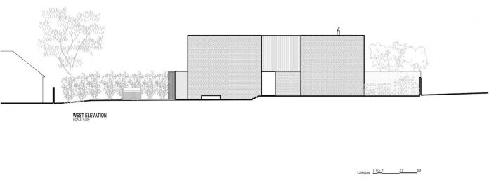hiding-house-contemporary-compact-house-features-reduce-energy-use-13