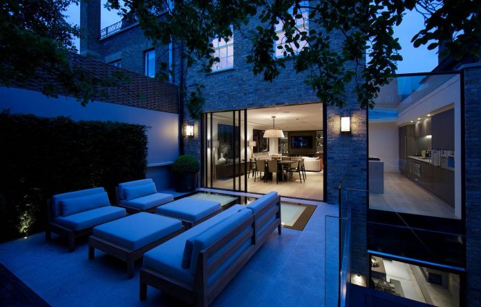 historic-mews-house-re-built-contemporary-style-notting-hill-london-16