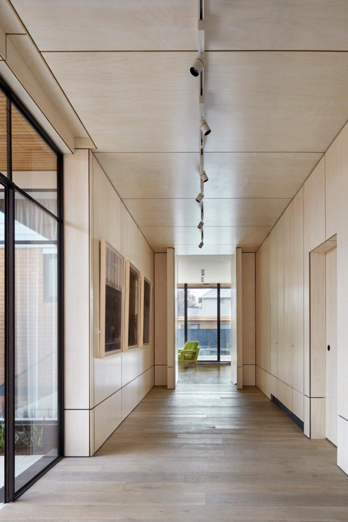 home-diverse-range-architectural-styles-edwardian-weather-board-californian-bungalow-red-orange-clinker-brick-03