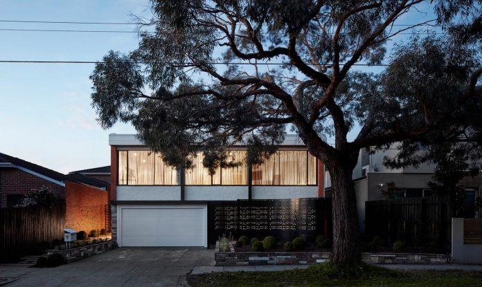 home-diverse-range-architectural-styles-edwardian-weather-board-californian-bungalow-red-orange-clinker-brick-22