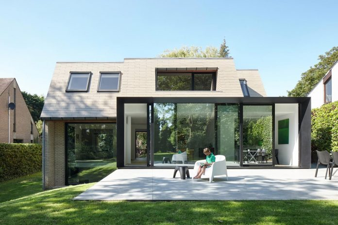 house-redesign-order-create-brighter-space-open-outside-03