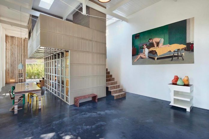 house-rolf-transformation-late-nineteenth-century-coach-house-spectacular-home-workspace-01