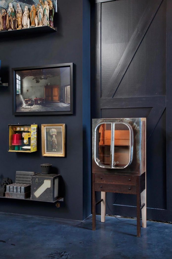 house-rolf-transformation-late-nineteenth-century-coach-house-spectacular-home-workspace-04