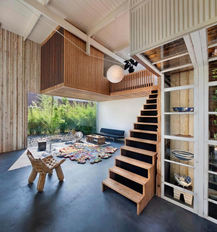 house-rolf-transformation-late-nineteenth-century-coach-house-spectacular-home-workspace-06