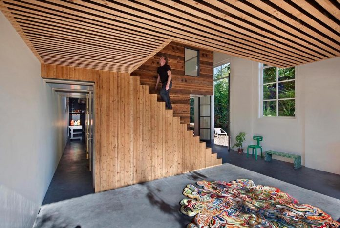 house-rolf-transformation-late-nineteenth-century-coach-house-spectacular-home-workspace-09