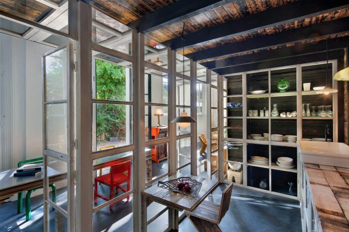 house-rolf-transformation-late-nineteenth-century-coach-house-spectacular-home-workspace-12