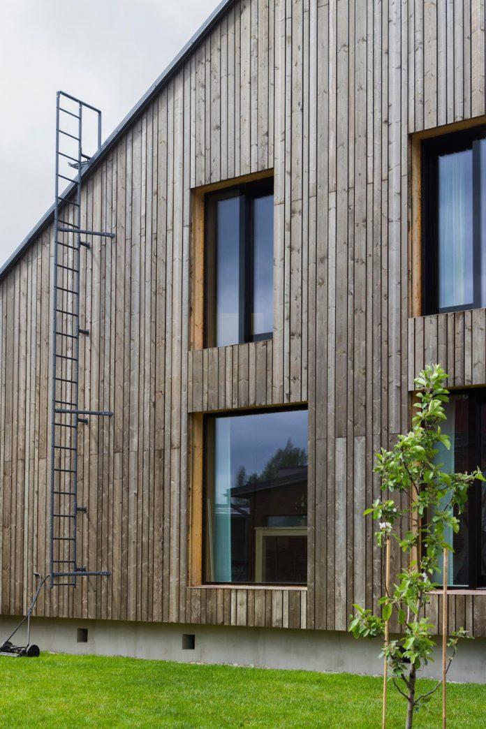 house-savukvartsi-modern-eco-home-three-generations-03