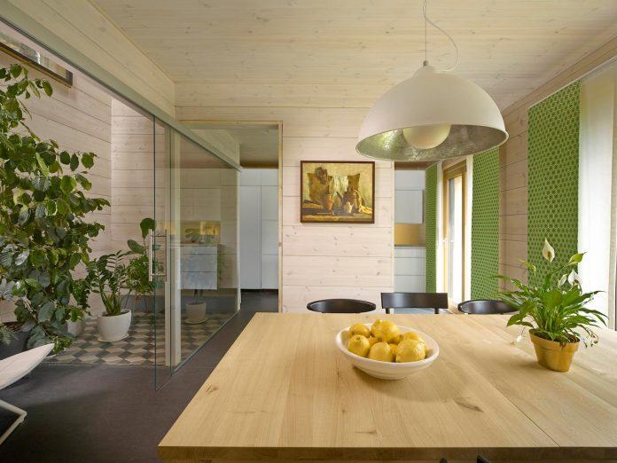 house-savukvartsi-modern-eco-home-three-generations-05