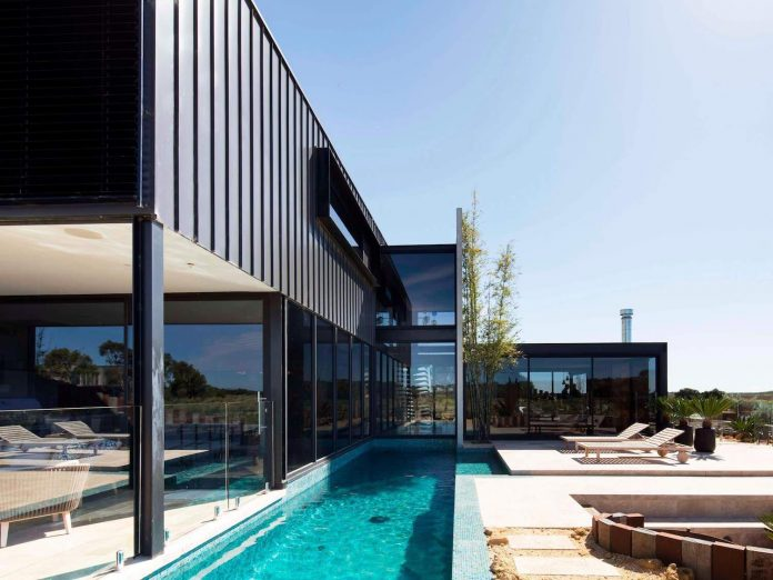 house-used-home-two-full-time-occupants-luxury-hotel-19