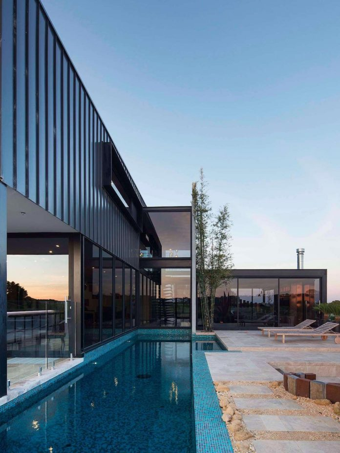 house-used-home-two-full-time-occupants-luxury-hotel-22