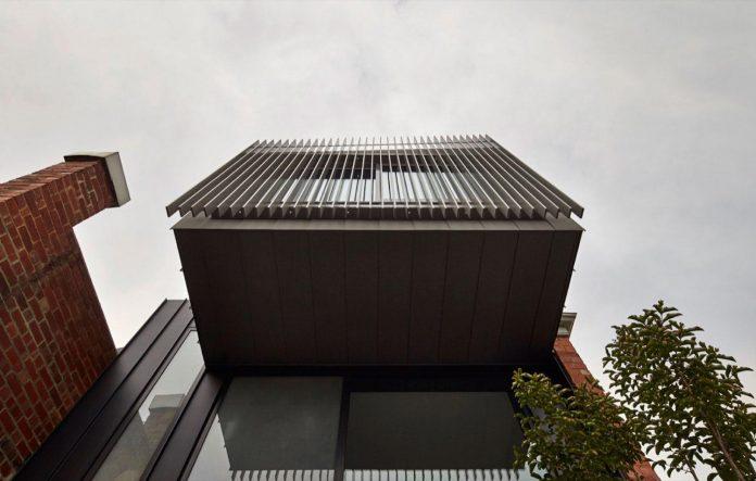 julie-firkin-architects-design-contemporary-brick-metal-house-fitzroy-melbourne-04