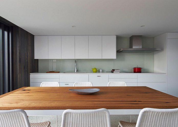 julie-firkin-architects-design-contemporary-brick-metal-house-fitzroy-melbourne-11