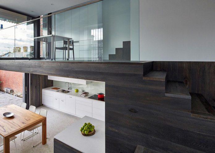 julie-firkin-architects-design-contemporary-brick-metal-house-fitzroy-melbourne-12