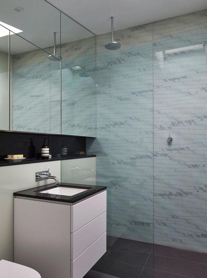 julie-firkin-architects-design-contemporary-brick-metal-house-fitzroy-melbourne-15