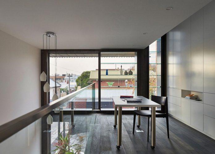 julie-firkin-architects-design-contemporary-brick-metal-house-fitzroy-melbourne-18