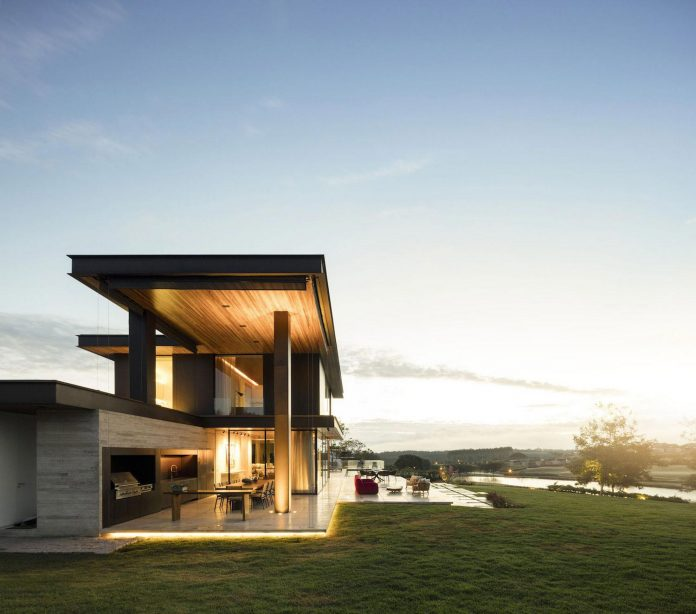 lightweight-structure-large-openings-glazed-surfaces-define-country-house-porto-feliz-sao-paulo-19