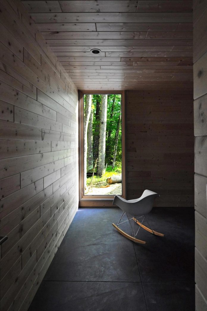 linear-cabin-small-unassuming-family-retreat-woods-05