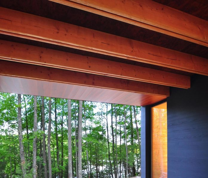 linear-cabin-small-unassuming-family-retreat-woods-07