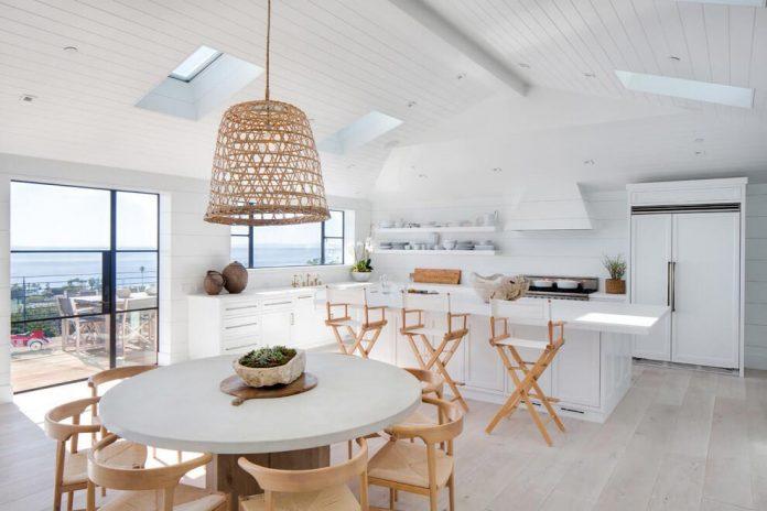 luminous-contemporary-laguna-beach-house-anders-lasater-architects-04