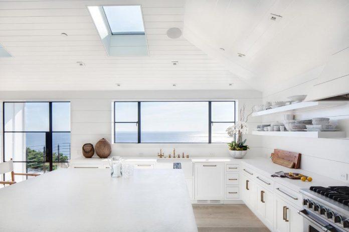 luminous-contemporary-laguna-beach-house-anders-lasater-architects-06