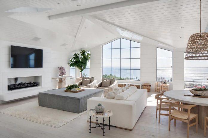 luminous-contemporary-laguna-beach-house-anders-lasater-architects-08