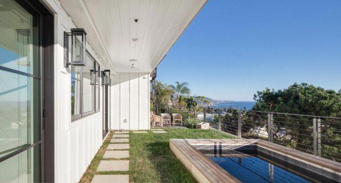 luminous-contemporary-laguna-beach-house-anders-lasater-architects-14