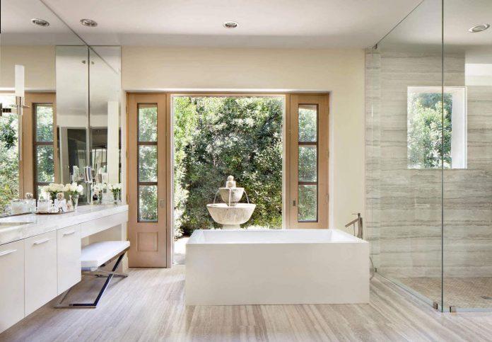 luxurious-single-family-residence-palm-springs-certified-luxury-builders-10