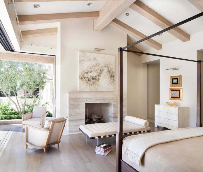 luxurious-single-family-residence-palm-springs-certified-luxury-builders-11