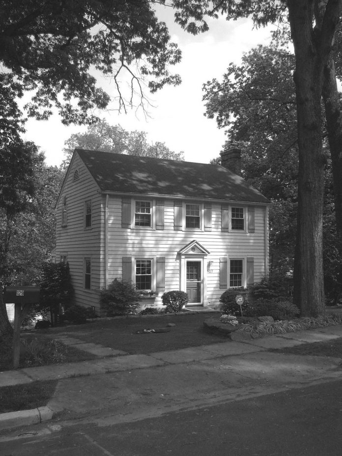 lyon-park-house-renovation-brick-colonial-revivalist-house-arlington-virginia-01