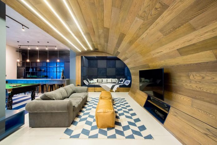 man-cave-industrial-inspired-home-young-lover-skating-surfing-socialising-01
