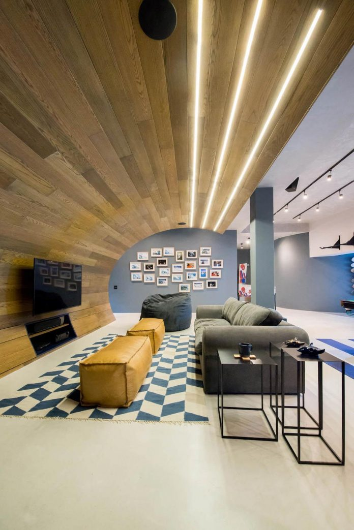 man-cave-industrial-inspired-home-young-lover-skating-surfing-socialising-06