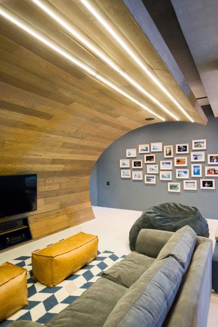 man-cave-industrial-inspired-home-young-lover-skating-surfing-socialising-08