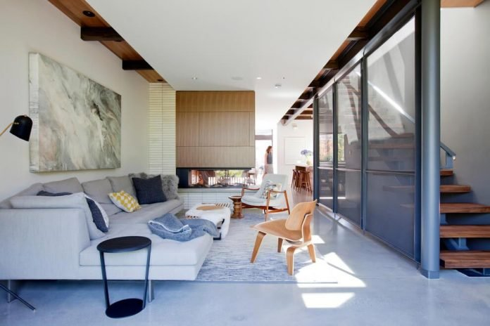 mid-century-home-design-exposed-structural-steel-beam-clear-fir-wood-ceilings-01