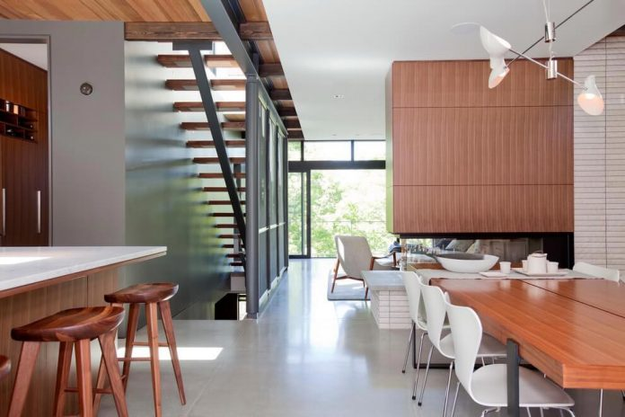 mid-century-home-design-exposed-structural-steel-beam-clear-fir-wood-ceilings-04