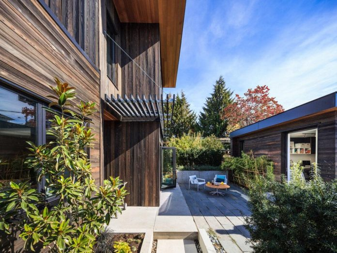 mid-century-home-design-exposed-structural-steel-beam-clear-fir-wood-ceilings-12