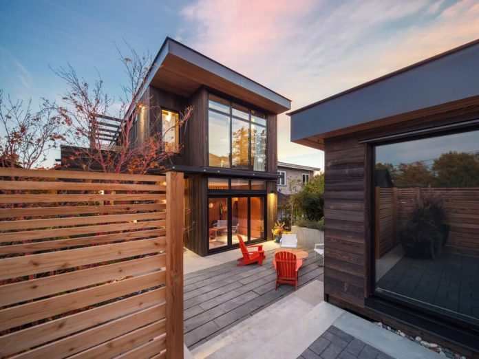 mid-century-home-design-exposed-structural-steel-beam-clear-fir-wood-ceilings-15