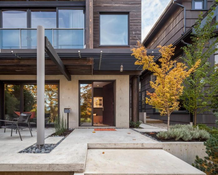 mid-century-home-design-exposed-structural-steel-beam-clear-fir-wood-ceilings-17