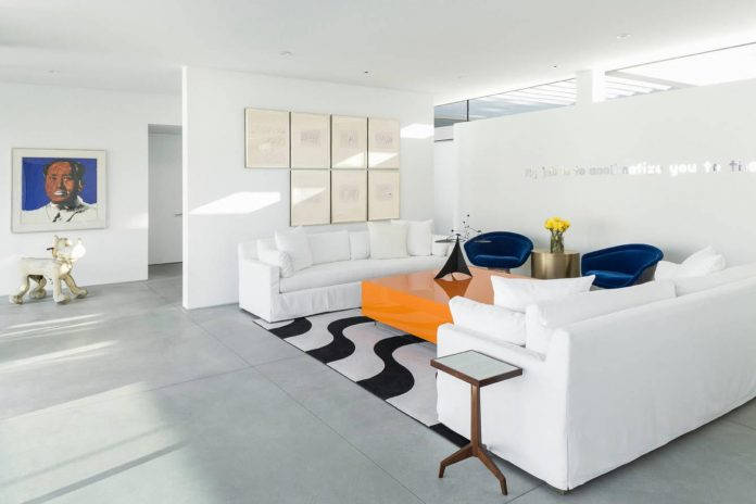 midcentury-modern-white-house-palm-springs-california-08