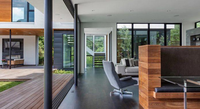 modern-calhoun-pavilion-residence-designed-maximize-views-lake-downtown-skyline-09