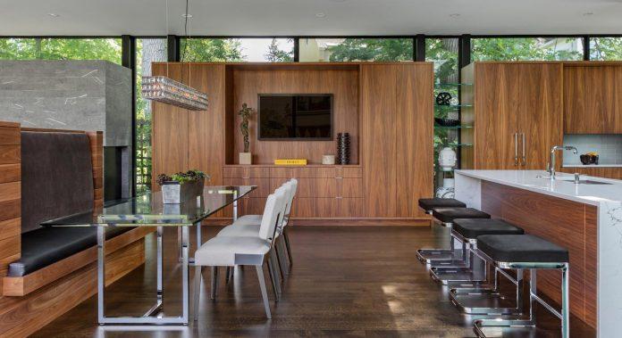 modern-calhoun-pavilion-residence-designed-maximize-views-lake-downtown-skyline-10