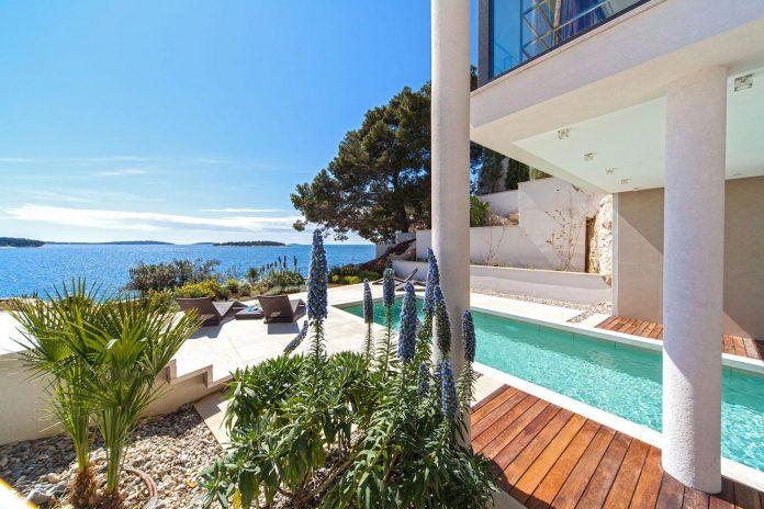 modern-complex-luxury-villas-apartments-dalmatian-region-04
